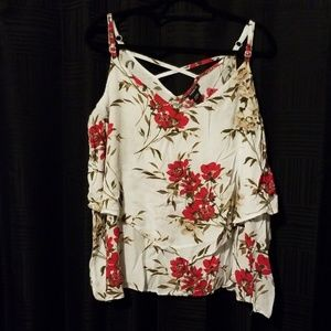 Beautiful Torrid Size 3 Plus Size Floral Top